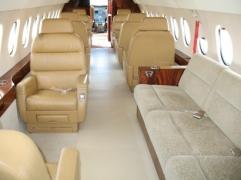 Interior 1987 Falcon 900B